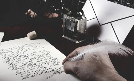 https://pixabay.com/pt/photos/escrever-poeta-po%C3%A9tica-primavera-1957302/
